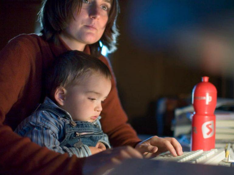 Las madres trabajadoras. ¿Cómo pueden con todo?