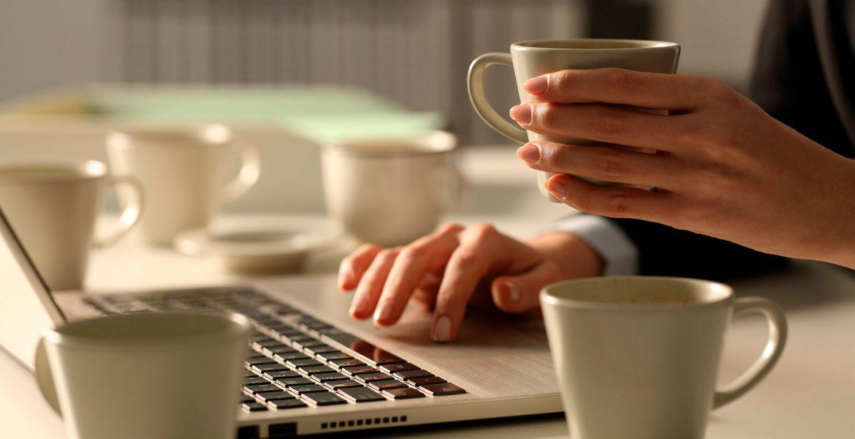 ¿No puedes vivir sin el café? Dosis segura de cafeína al día.
