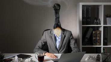 Síndrome de burnout: Cuidado con quemarte.